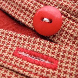 how to sew a buttonhole with a sewing machine featured