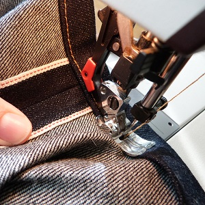 how to sew on a zipper with a sewing machine